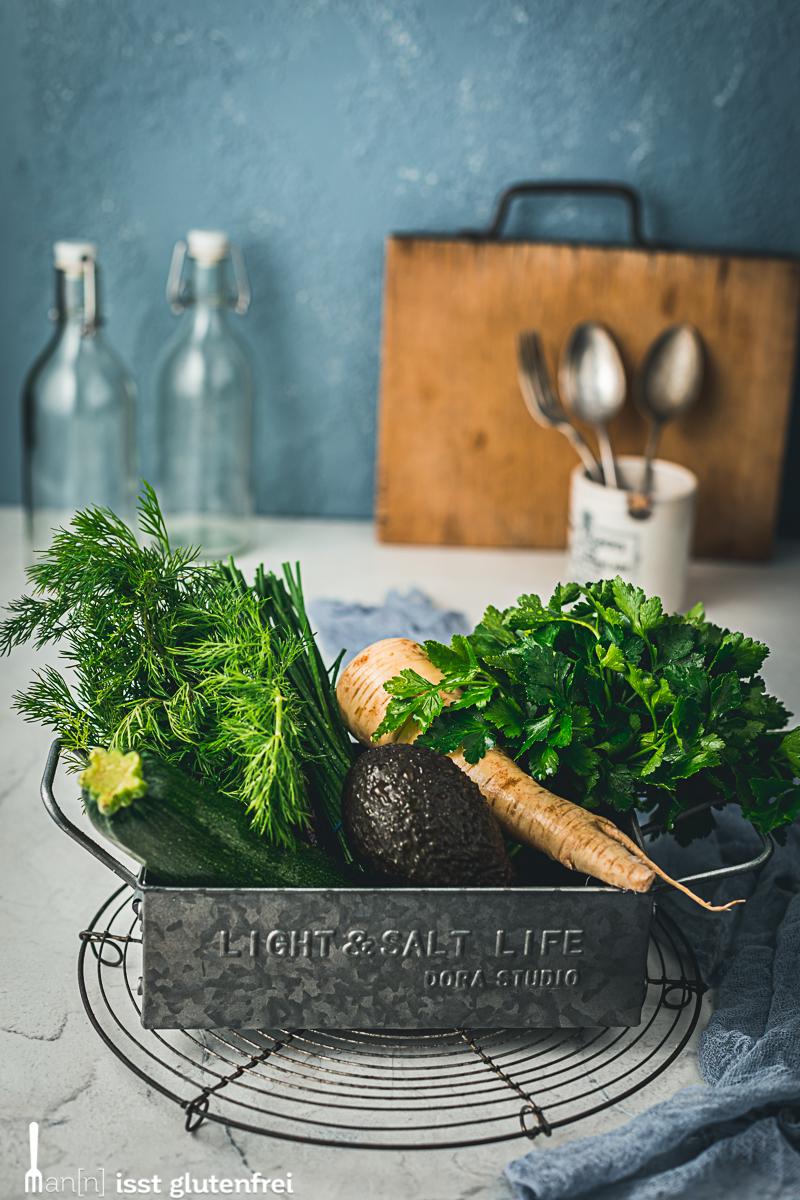 Gemüse Schafskäse Rösti mit Avocadocreme – glutenfrei, laktosefrei, vegetarisch
