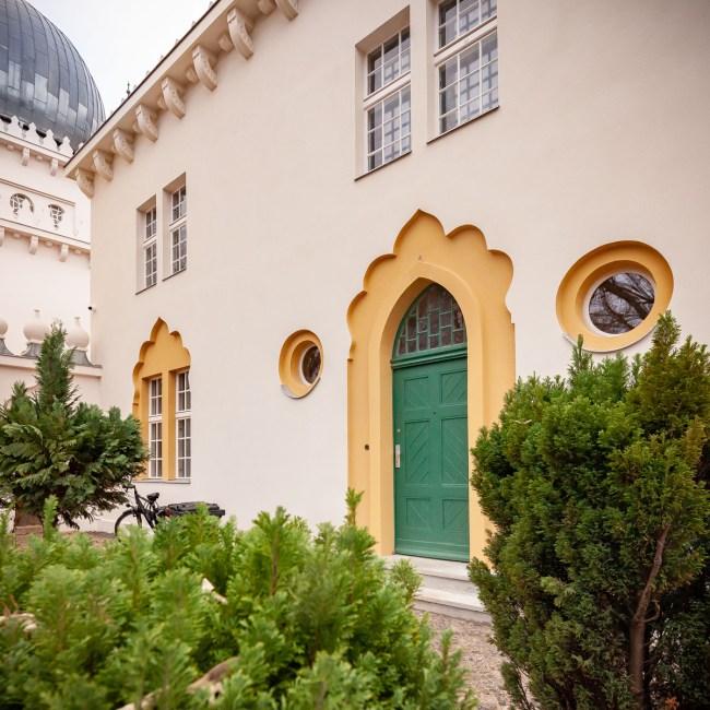 """<small style=""""color:red"""">Neue Tour:</small><br><b>""""Sakralbauten der Siemensstadt & Moschee""""</b> 9"""