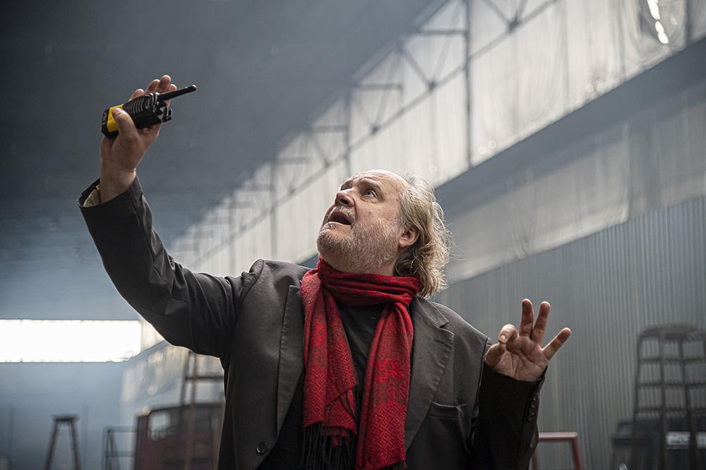 """Mann mit Hut Touren: das Theaterspektakel """"Die letzten Tage der Menschheit"""". Bild des Regisseus Paulus Manker. Foto © Sebastian Kreuzberger/slkphoto.at"""