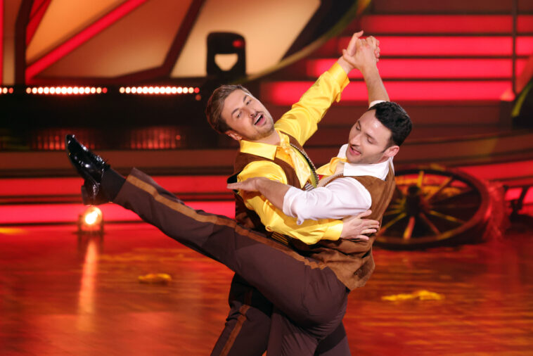 https mannschaft com von prince charming zu lets dance nicolas puschmann tanzt mit mann