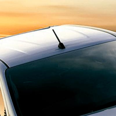 Techo   Cortes en bajo y alto relieve en el techo mejoran la aerodinámica, para reducir el ruido en la cabina y las turbulencias en la tolva.