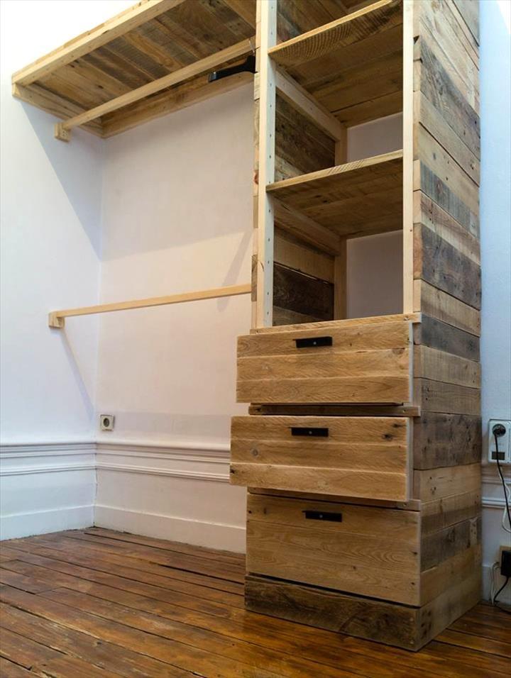Cmo hacer un armario multifuncional con pallets de forma fcil  Manos a la Obra
