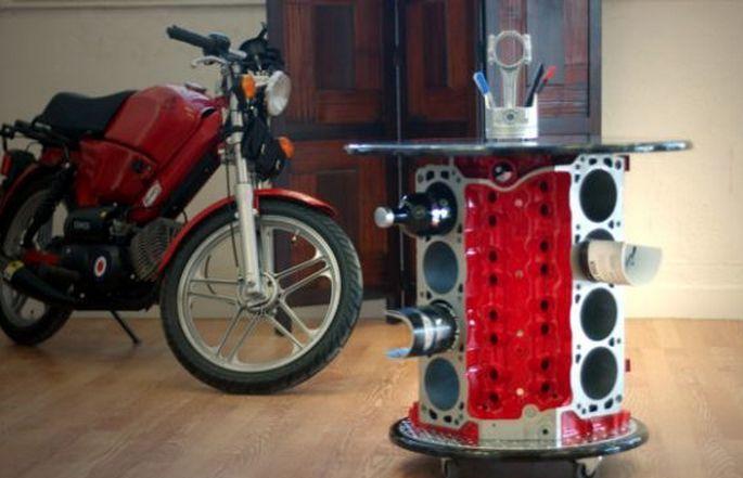 Mira estas 8 mesas de centro hechas con motores reciclados