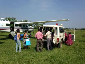 Mano a Mano arriving in Oromomo (in the Bolivian Amazon) to pick up Herminda for her emergency flight in late 2020.