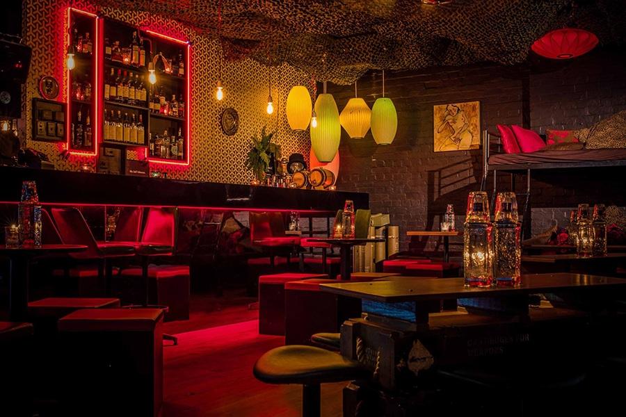 20 Best Hidden Bars In Melbourne Man Of Many
