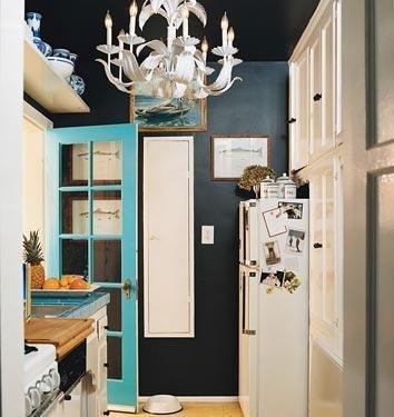 https://i0.wp.com/manolohome.com/wordpress/wp-content/uploads/2010/01/turquoise-door.jpg