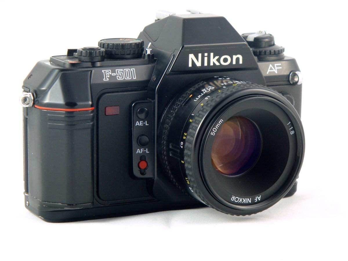 Un appareil – Le Nikon F-501 AF