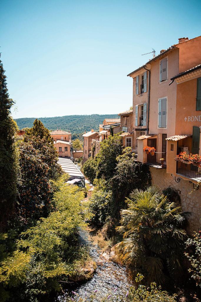 road-trip-alpes-haute-provence-moustiers-sainte-marie-2