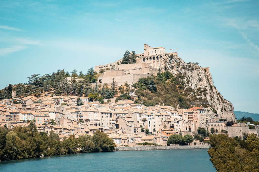 road-trip-alpes-haute-provence-sisteron-2