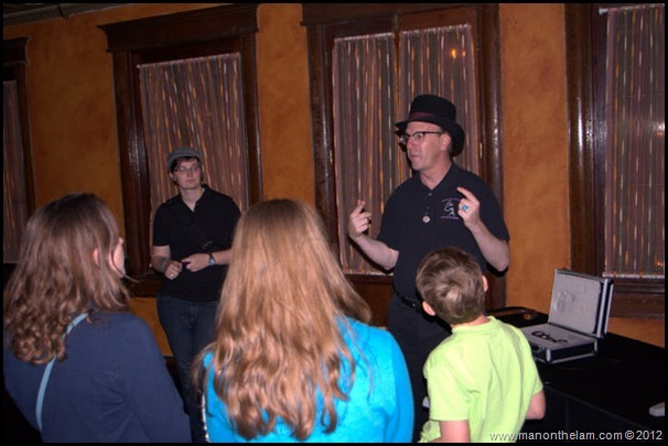 Robert the tour guide with the paranormal enthusiasts for the night -- American Ghost Adventures, Orlando, Florida - Aeroplan 046