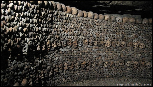 Catacombes_de_Paris -- quirky, odd, unusual, unique, offbeat things to do in Paris France