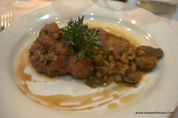 La-Calendula-Restaurant-Girona-Catalan-pork-sausage-with-wild-mushrooms-and-truffle