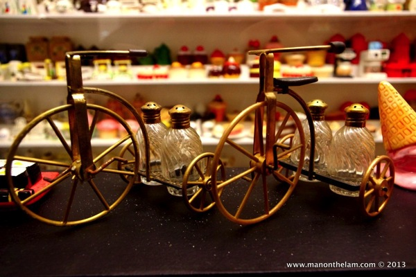 Vintage tricycle Salt and Pepper Shakers Guadalest Spain