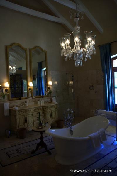 La Residence Hotel & Villas Franschoek South Africa, swanky opulent bathroom