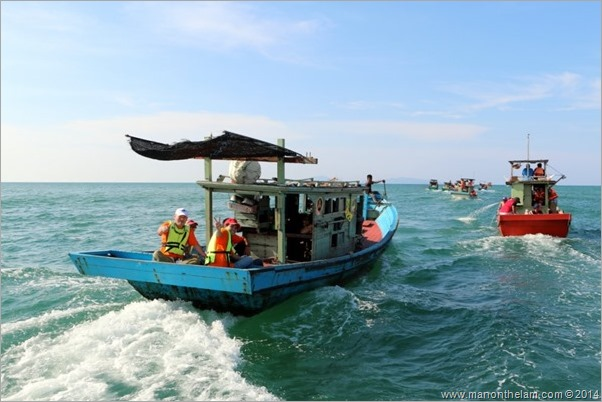 Malaysia --Terengganu Squid Jigging Festival April 2014 squid fishing boat