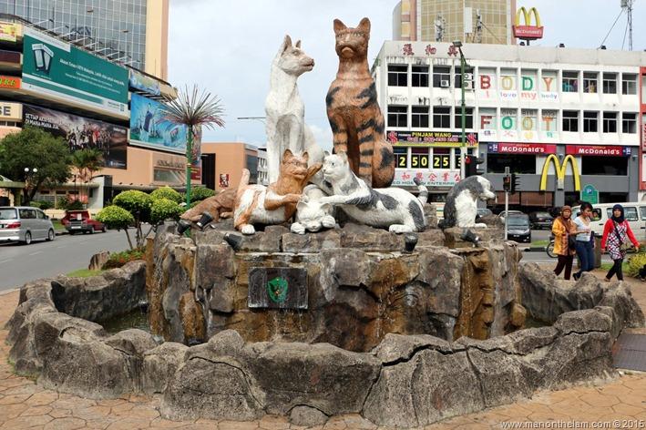Cat City, Kuching, Borneo, Malaysia-640