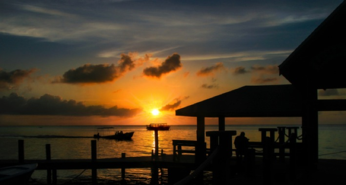 10 Reasons to Travel Honduras Travelettes Top 100 Travel Blog Posts of 2014 by Social Shares