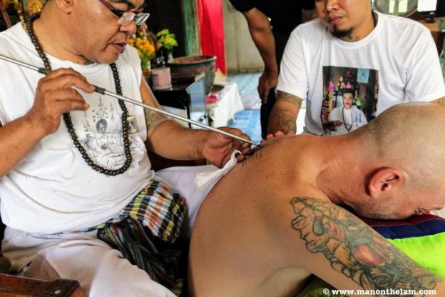 raymond walsh Sak Yant tattoo Where Sidewalks End WSE Travel Ayutthaya thailand.JPG