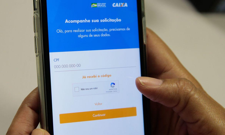 Caixa paga hoje auxílio emergencial para nascidos em março