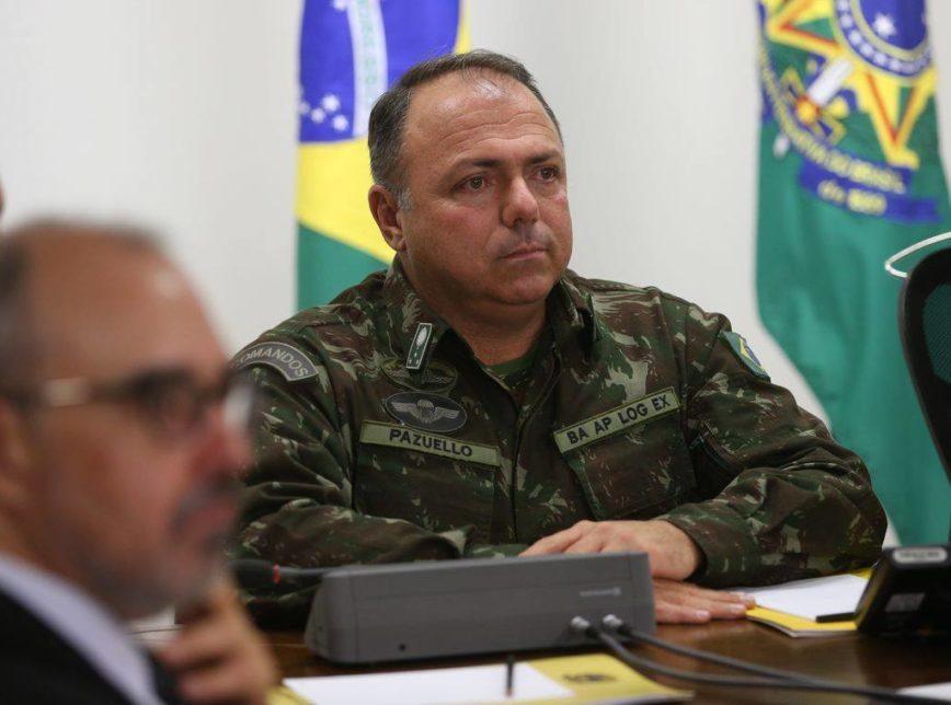 Pazuello não ficará 'para sempre' na Saúde, diz Bolsonaro