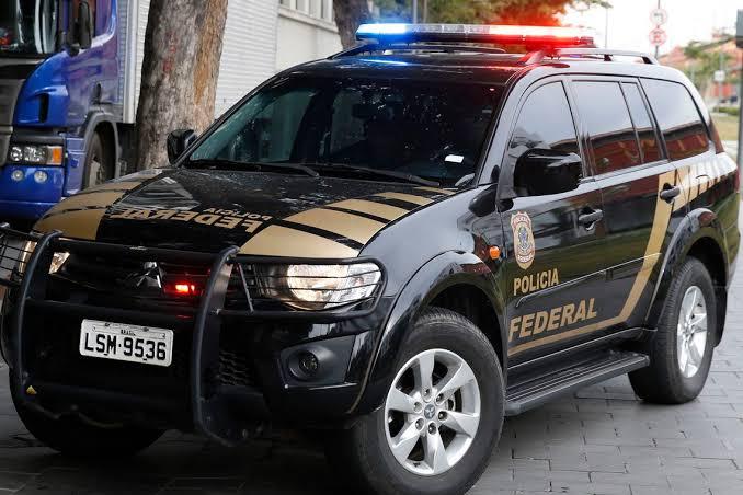 Polícia Federal desarticula quadrilha que fraudava Previdência