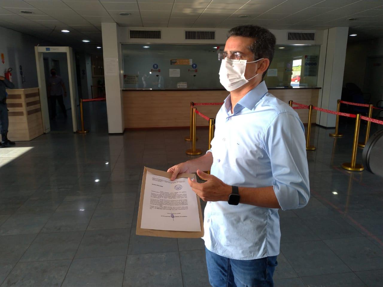 David Almeida desafia Amazonino a falar na CPI da Saúde, na Assembleia Legislativa