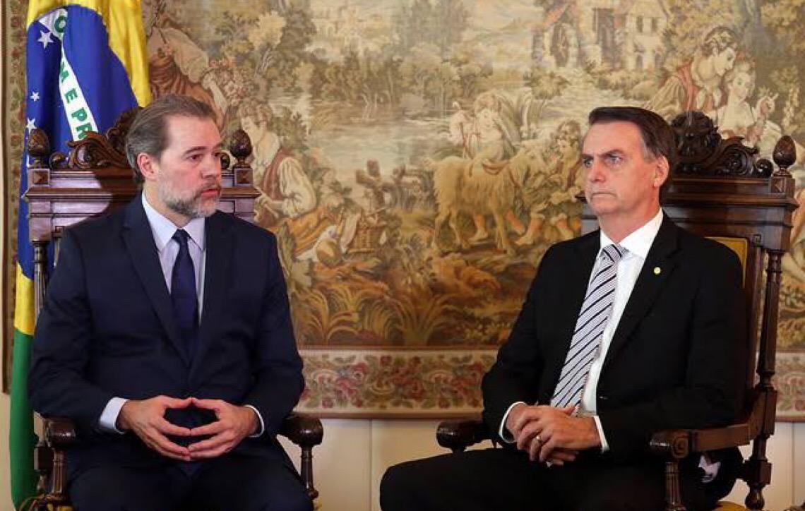 Nunca vi Bolsonaro tomar atitudes contra a democracia, diz Dias Toffoli