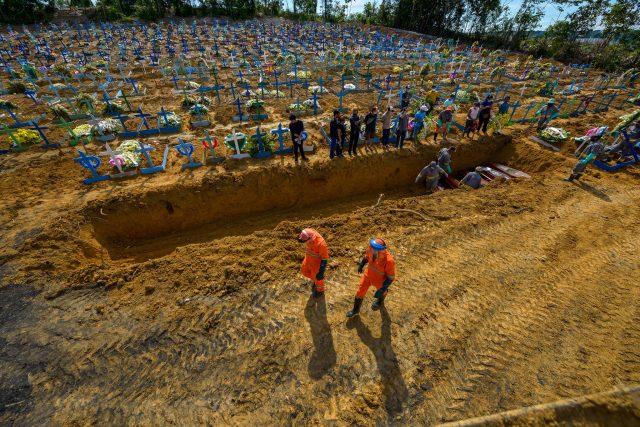 Sábado soma 1.402 novos casos de Covid-19 e 20 novas mortes no Amazonas