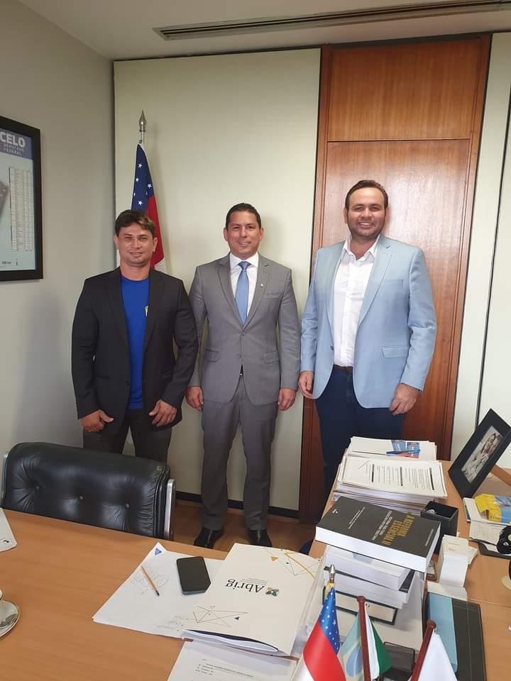 Prefeito Raylan Barroso parabeniza deputado Marcelo Ramos pela vitória na câmara federal