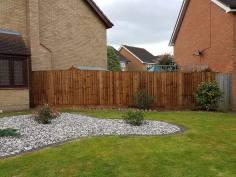 Taking down existing boundary fence Langdon Hills Basildon(before)7