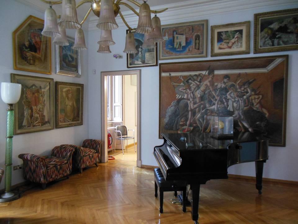 Casa Museo Boschi Di Stefano.De Chirico In Mostra Alla Casa Museo Boschi Di Stefano Manoxmano