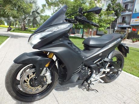 Modifikasi Yamaha MX King Pakai Headlamp Honda Vario 125