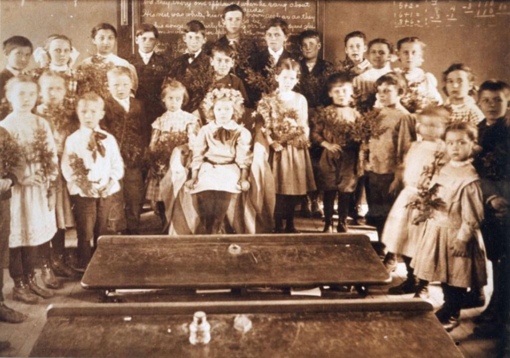 Mansfield Depot School 1898