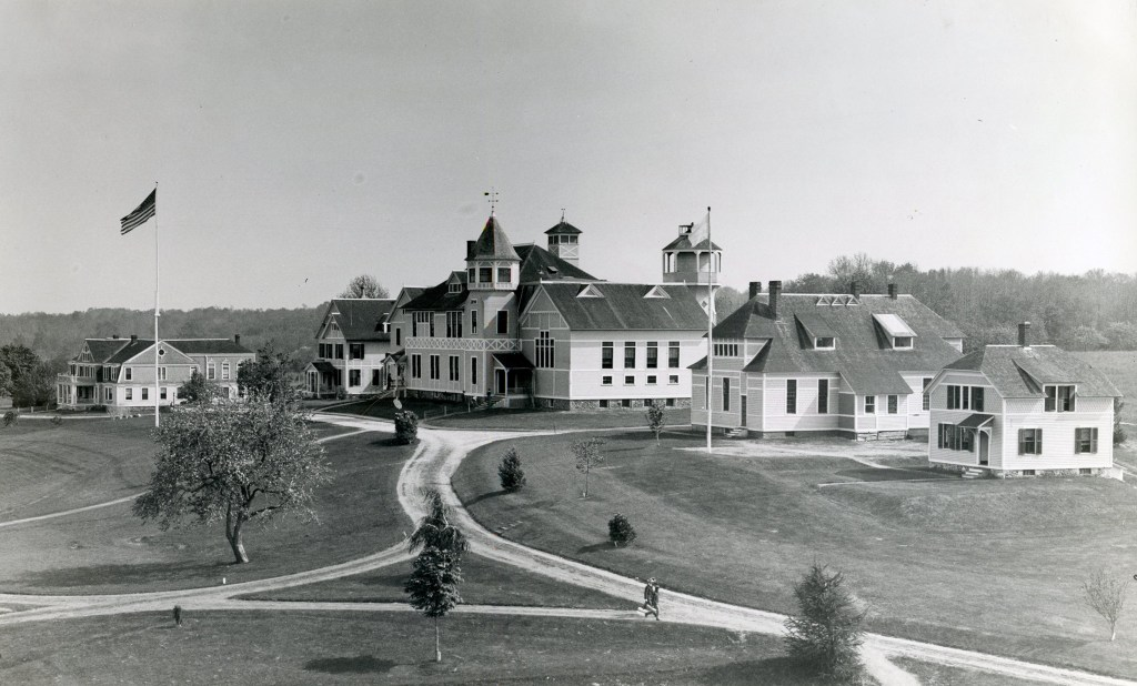 UCONN Early Campus