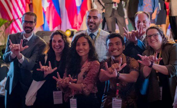 U.S Representative of Cultural Vistas and MantaWatch at YSEALI Summit