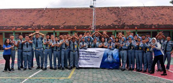 SMKN 1 Glagah grade 12 students
