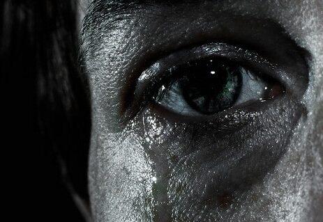 Read more about the article كيف يساعدنا الحزن في البقاء على قيد الحياة؟