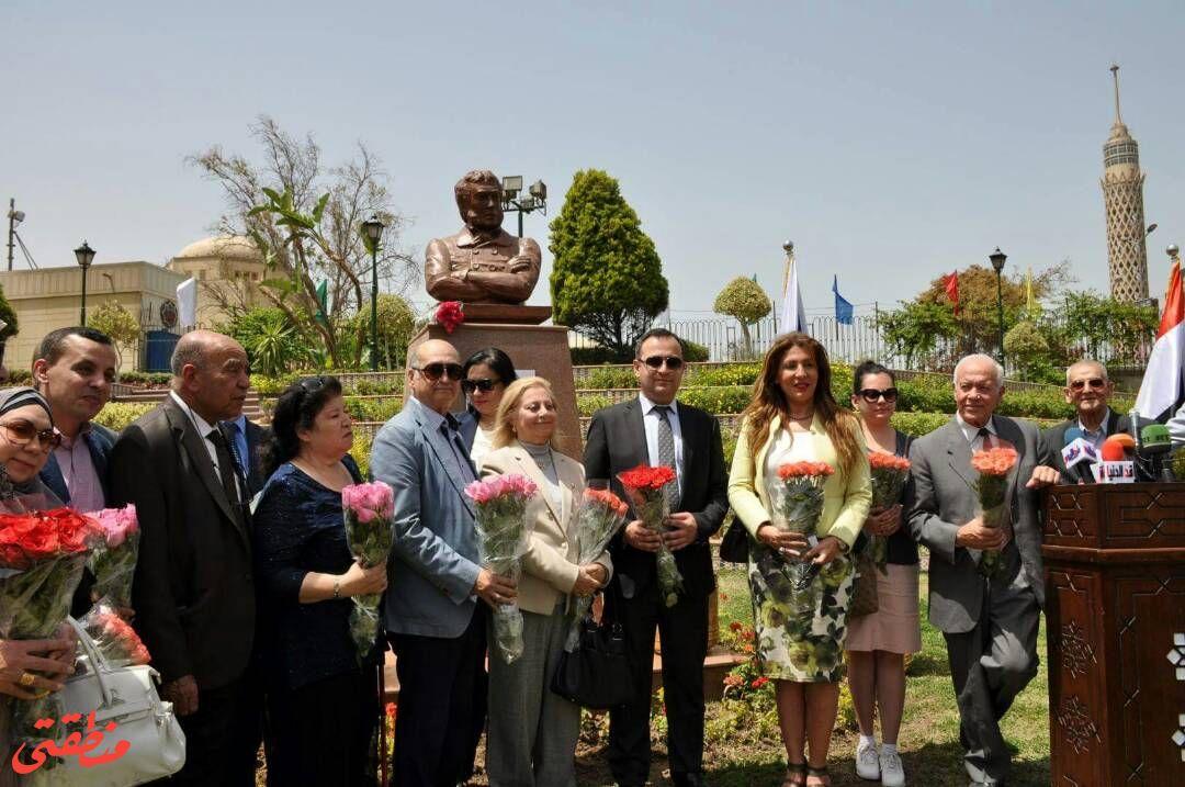 من الاجتفال بتدشين تمثال بوشكين بحديقة الحرية
