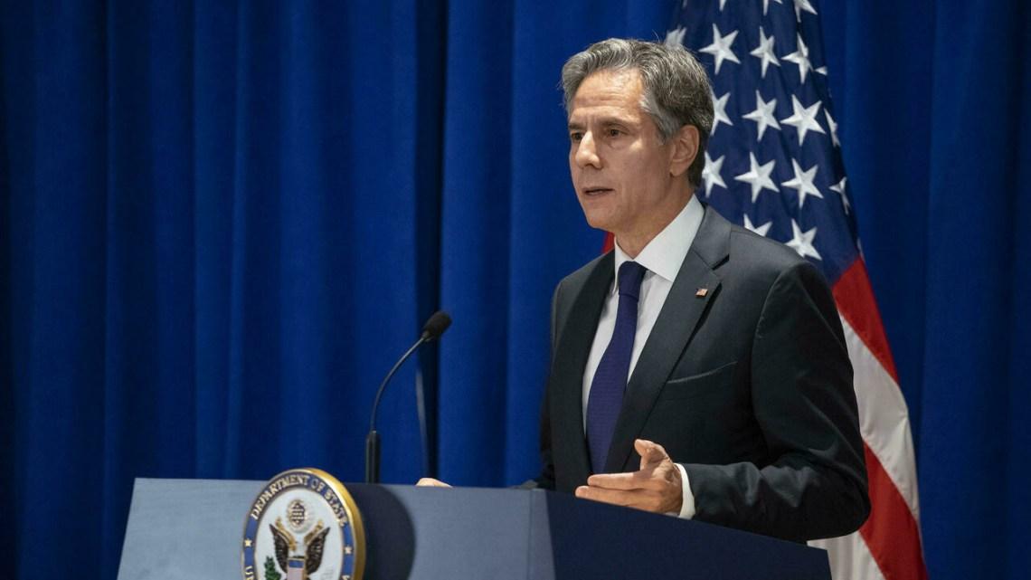 """وزير الخارجية الأمريكي في باريس لـ""""ترميم الثقة"""" مع فرنسا بعد أزمة الغواصات"""