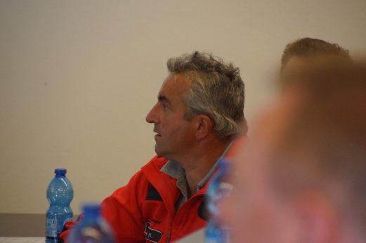 Informationsveranstaltung für Südtiroler Rettungskräfte-aufmerksame Zuhörer
