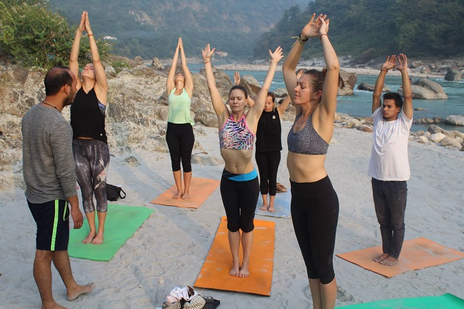 15 Days – Spiritual meditation training retreat in Rishikesh - About Us