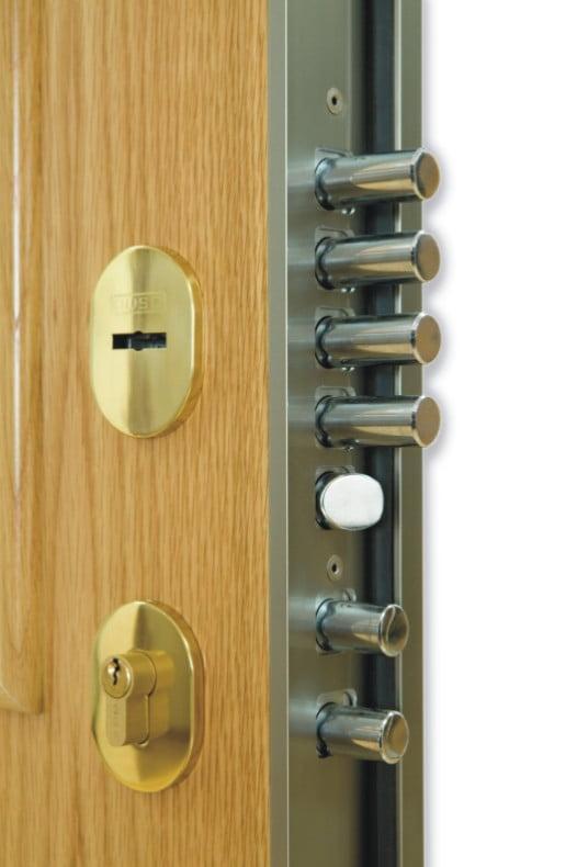 Puerta blindada sin cerradura