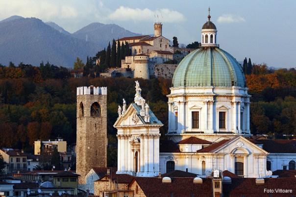 Duomo de Brescia, Itália