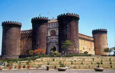 Castelvecchio, Nápoles