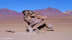Salar de Uyuni, formação rochosa