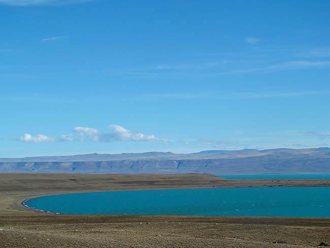 Estrada entre Cafayate e o Glaciar Perito Moreno
