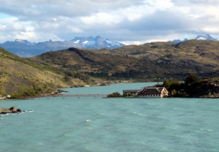 Hotel no lago, Torres del Paine, Chile