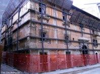 O centro histórico de l'Aquilla sendo retaurado