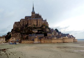 Monte Saint Michel na maré baixa - Foto Manual do Turista