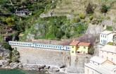 Trens ligam Cinque Terre a toda a Riviera Italiana